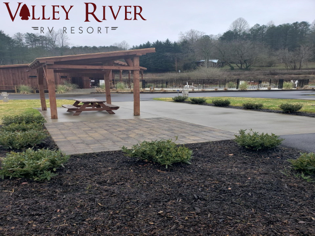 Valley River RV Resort. Click for details about this park and see their personal website!