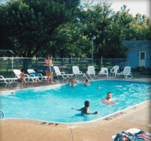 campgrounds with pool in sandusky