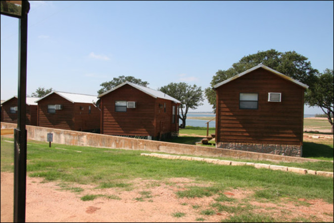 lake Buchanan rental cabins