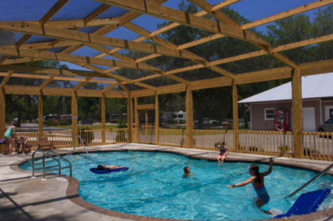 campground with pool in freeport fl