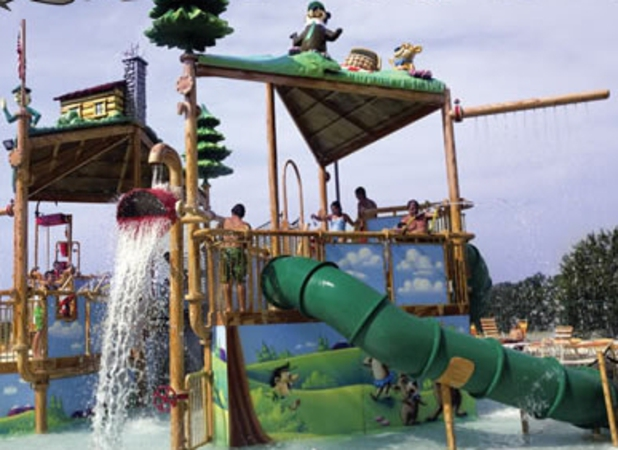 jellysttone park with water slide wi